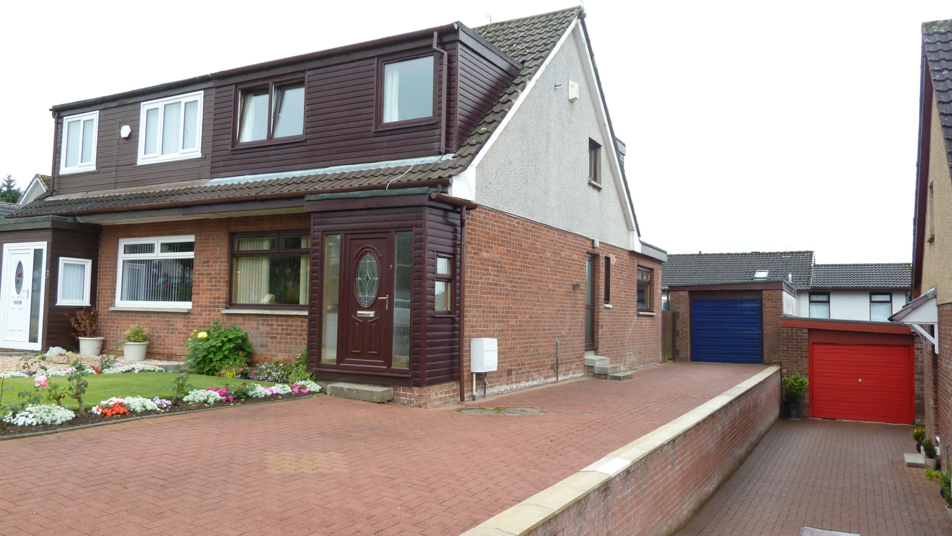 5 Kepscaith Road, Whitburn